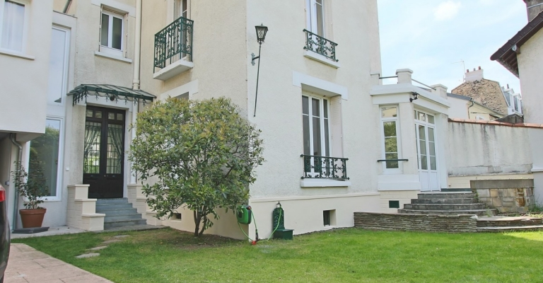 GareCentre – Maison de caractère rénovée avec jardin – 92270 Bois-Colombes (32)