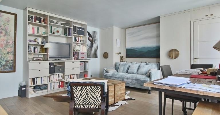 InvalidesSaint-Dominique-–-Vaste-studio-superbement-rénové-sur-cour-arborée-–-75007-Paris-7