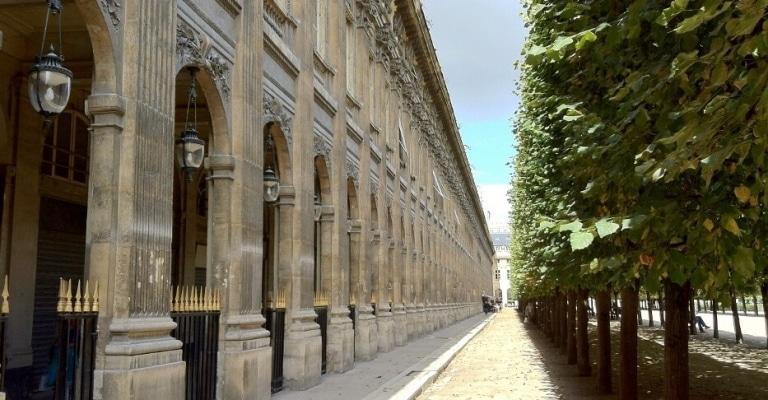 Palais-Royal-–-Dans-le-jardin-–-75001-Paris-2