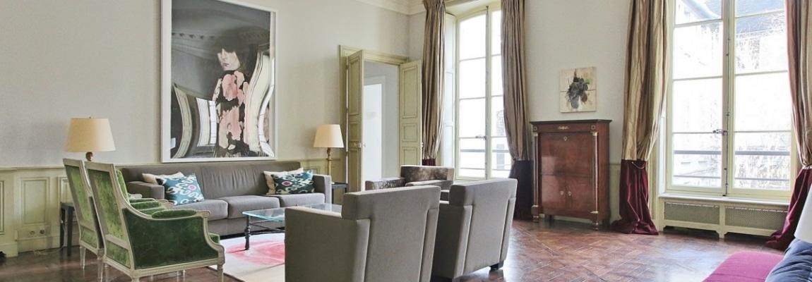 Place-des-VosgesTurenne-–-Somptueux-appartement-de-réception-au-calme-–-75003-Paris-27