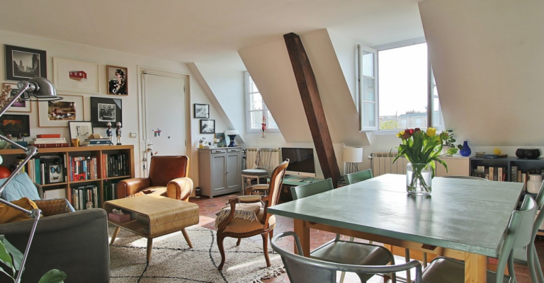 Rue des Martyrs – Dernier étage, calme, charme et vue – 75009 Paris (2)