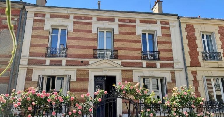 Saint-SymphorienMontreuil – Hôtel particulier avec jardin dans une voie privée – 78000 Versailles (4)