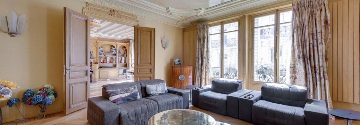 Triangle d'OrMontaigne – Vaste haussmannien de réception avec deux suites – 75008 Paris (26)