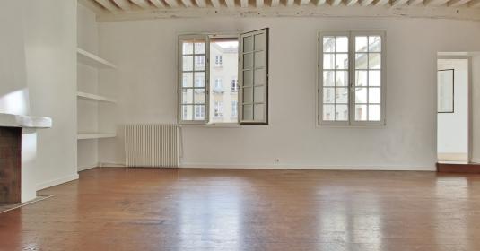 Village Montorgueil – Plein sud, au calme et beaux volumes – 75002 Paris (10)